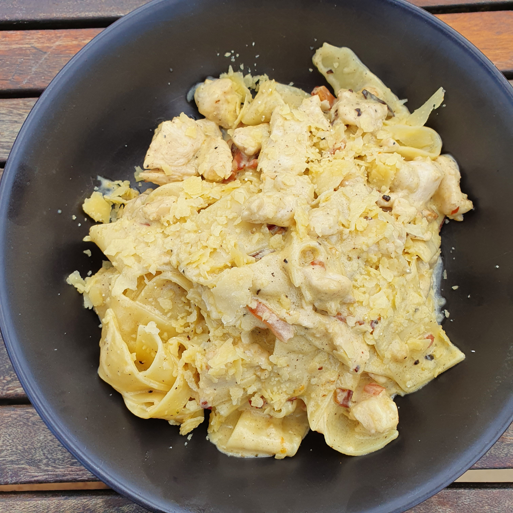 CHICKEN CARBONARA PAPPARDELLE
