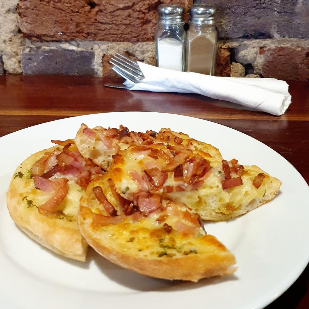Cheese and bacon Garlic Bread